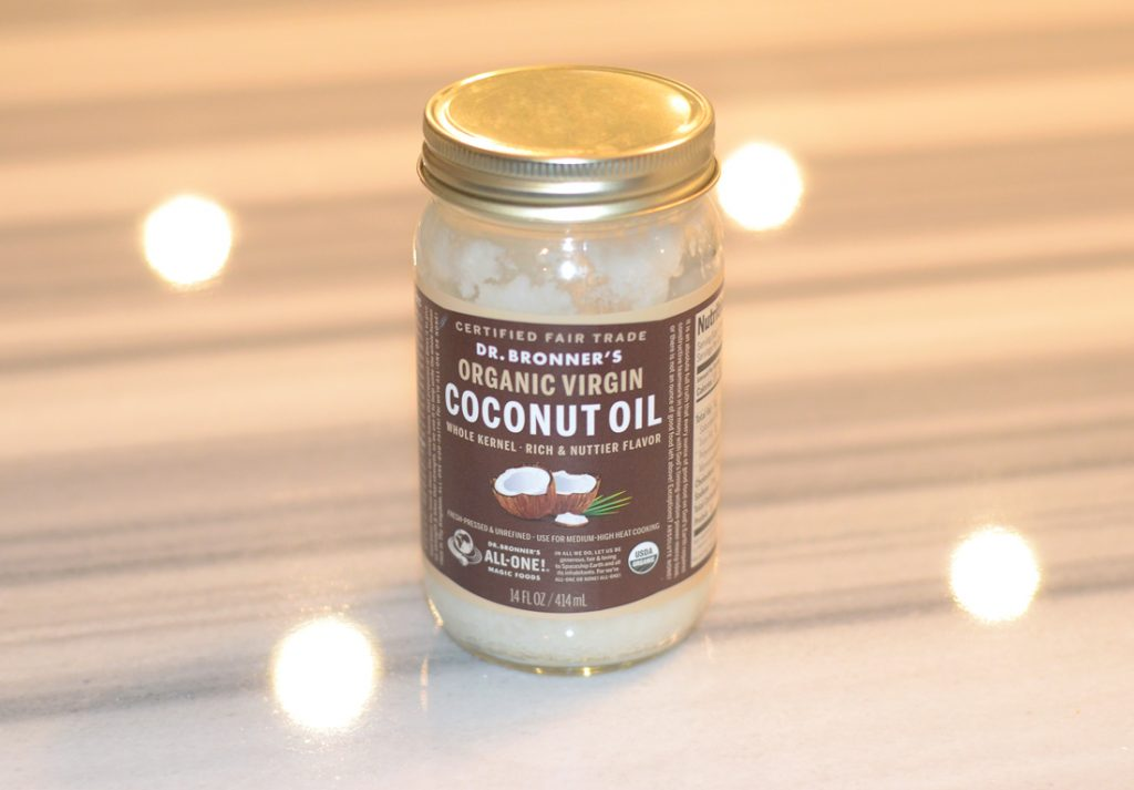 Los Angeles Cruelty-Free Beauty Blogger, Emily Wolf Beauty shares the best and what are her favorite uses for coconut oil in your beauty routine.