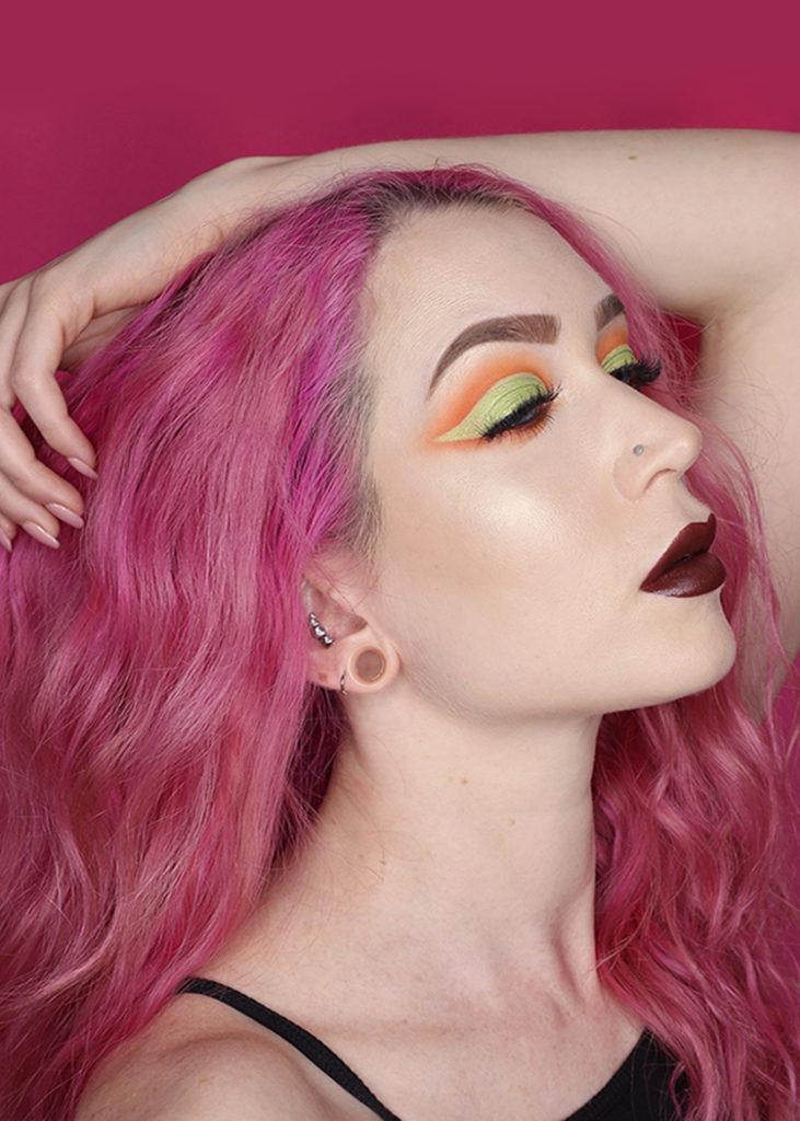 cut crease makeup tutorial using urban decay x Kristen Leanne